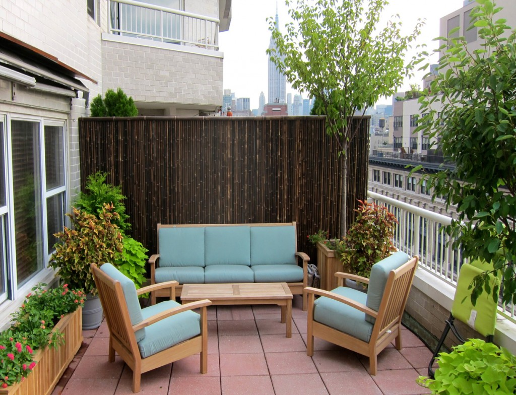 Custom decor and furniture to make your deck or terrace design complete